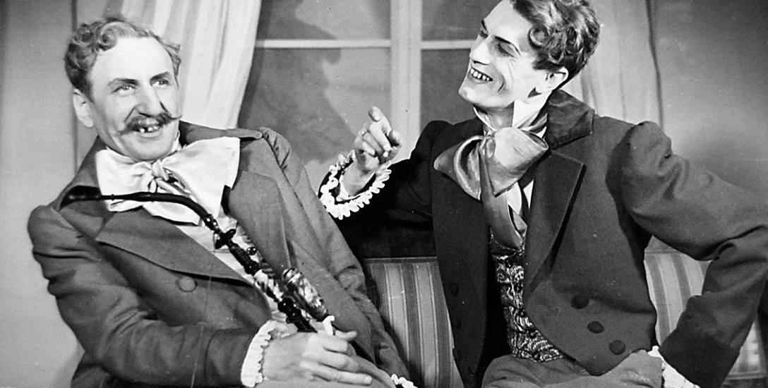 """Henryk Kleps i Olgierd Hanusz w pierwszej premierze BTD - """"Ślubach panieńskich"""" (1954 r.)"""