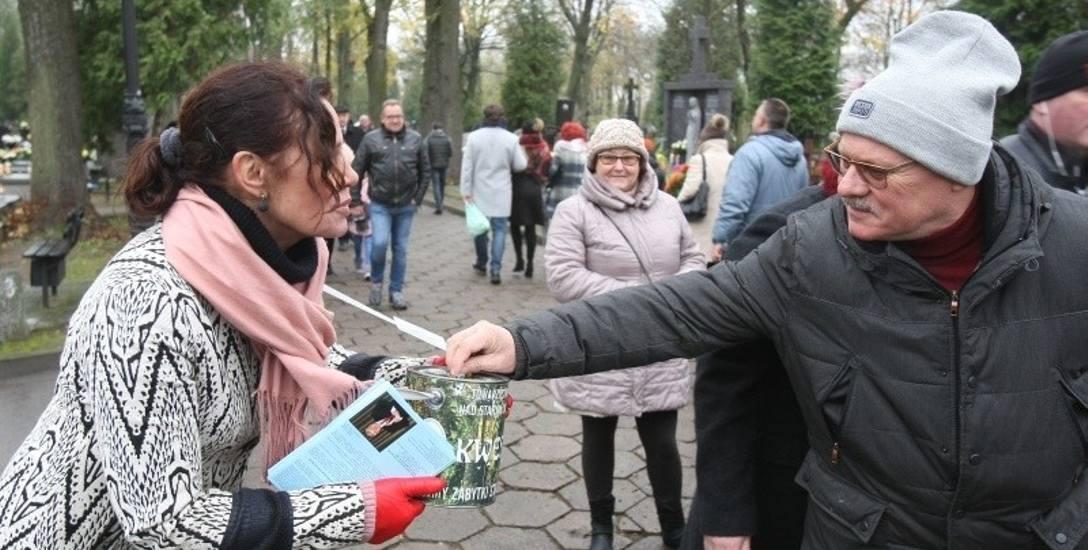 Towarzystwo Opieki nad Starym Cmentarzem w Łodzi. Harmonogram kwesty przy ul. Ogrodowej