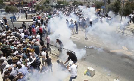 Zamieszki w Jerozolimie. Palestyńczycy nie chcą bramek na wzgórzu świątynnym