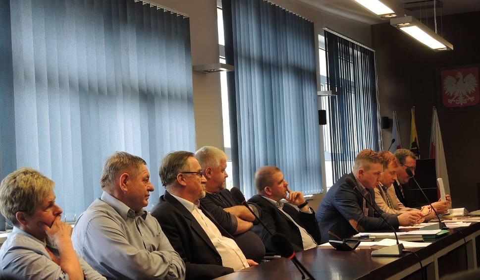 Film do artykułu: Nie ma kompromisu w sprawie motorówek i skuterów w Świeszynie (wideo, zdjęcia)