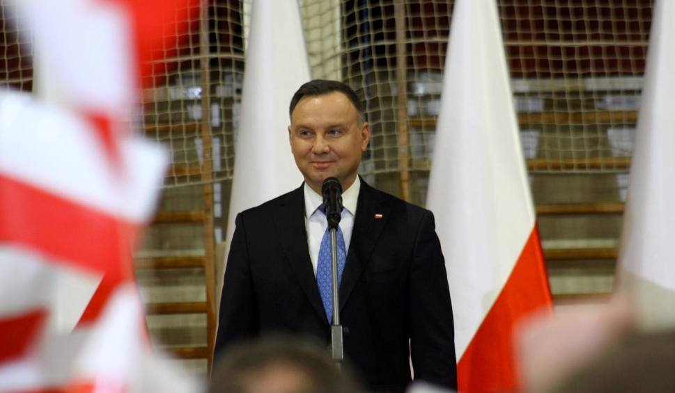 Film do artykułu: Emerytury - Andrzej Duda szykuje rewolucję. Emerytury byłyby zależne od stażu pracy?