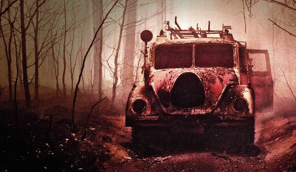 Film do artykułu: Pożar lasu w Kuźni Raciborskiej: Piekło sprzed 25 lat. Opowieści ludzi, którzy walczyli z ogniem