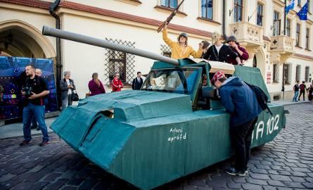 Juwenalia w Rzeszowie. Zobacz najlepsze przebrania! [FOTO]