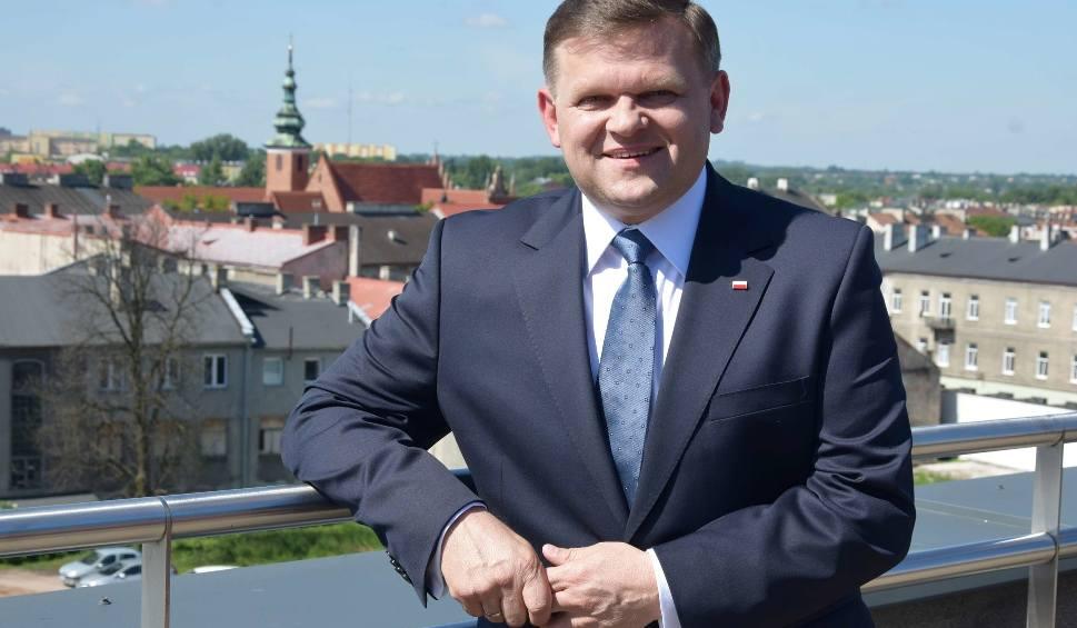Film do artykułu: Wojciech Skurkiewicz, kandydat PiS na prezydenta Radomia oficjalnie zaprezentowany. Wspierają go marszałkowie Karczewski i Bielan