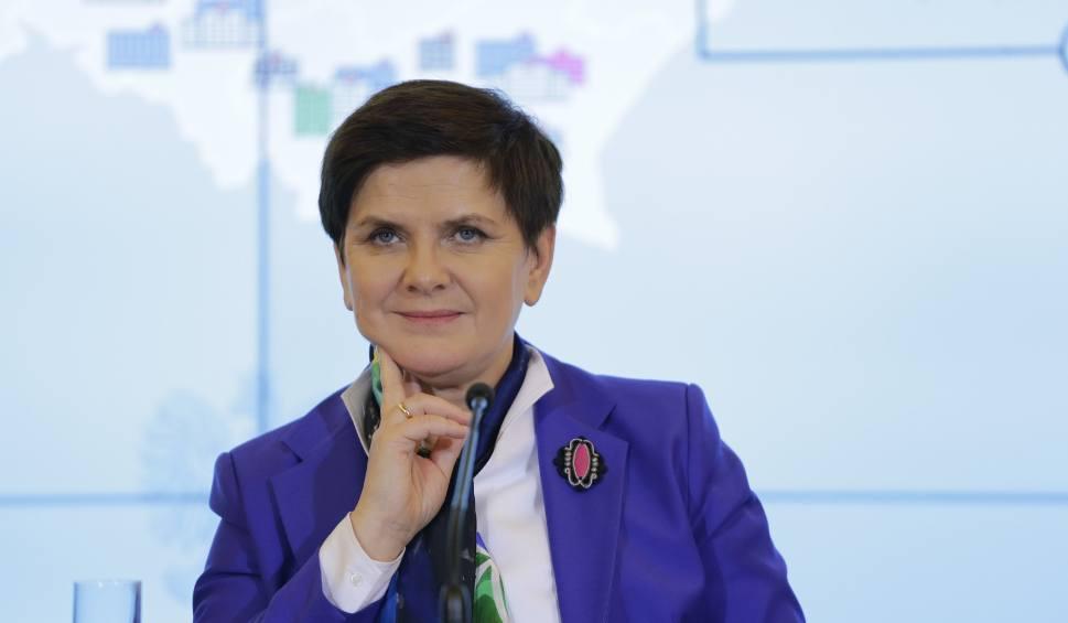 Film do artykułu: Premier Beata Szydło złoży zeznania w krakowskiej prokuraturze