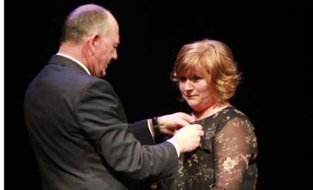 Liliana Olech uhonorowana medalem Gloria Artis [ZDJĘCIA, WIDEO]