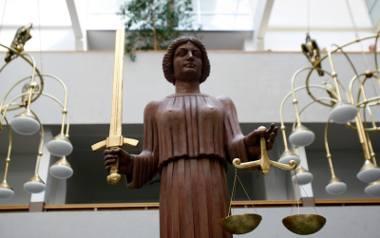 Piwnik: Nie ma póki co dowodów, że władza napędzała hejt na sędziów