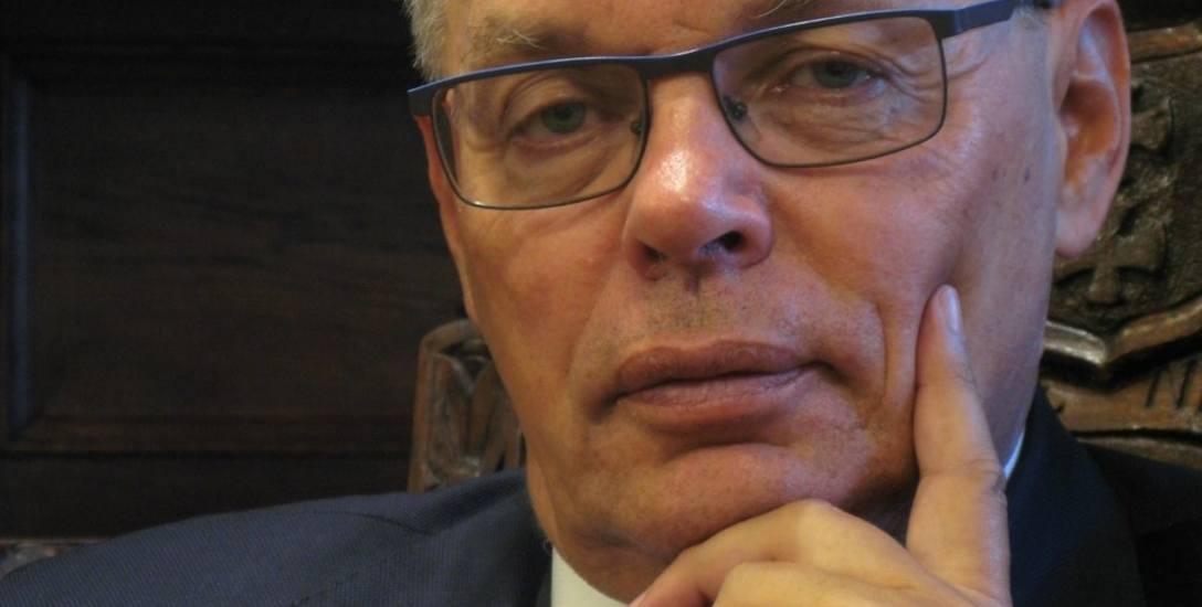 Prof. Piotr Dominiak: Mamy wreszcie to,  czego od lat domagało się środowisko akademickie: zaczęto promować Polskę jako miejsce do studiowania