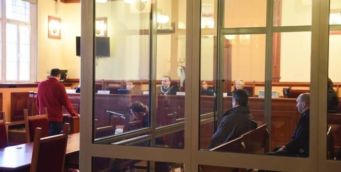 O Romualdzie B. wypowiedzieli się wczoraj w sądzie biegli psycholog i psychiatra ze Starogardu Gdańskiego