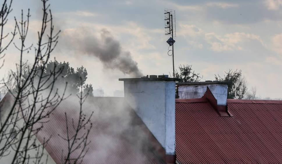 """Film do artykułu: Kujawsko-Pomorskie i Czyste Powietrze. Wypłacano okrągłe 100 mln złotych. Co dalej z walką z """"kopciuchami""""?"""