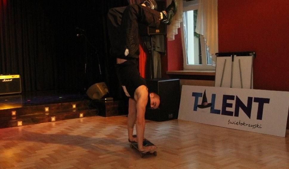 """Film do artykułu: Casting w Kielcach z agentem 07. Trwa najazd talentów w """"Zameczku"""""""