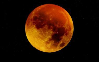 Pełnia Księżyca w znaku Byka to dobry czas na wszystko, co łączy się z przyjemnością i obfitością
