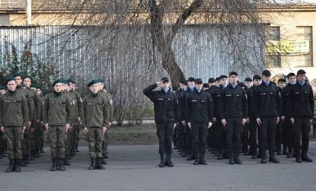 Klasy mundurowe są bardzo popularne. Od lat działają m.in. w poznańskim Zespole Szkół Mechanicznych