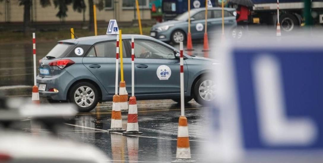 Nowe przepisy dotyczące młodych kierowców. Od kiedy?