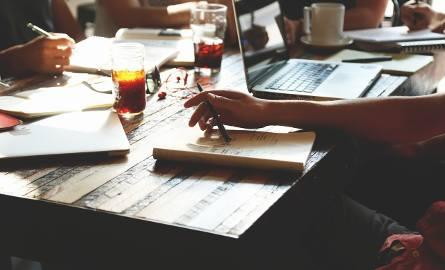 Kodeks pracy w 2019 r. Na jakie zmiany muszą przygotować się pracownicy? JAWNOŚĆ pensji, PPK i nowy sposób wypełniania PIT-ów - o czym musisz wiedzi