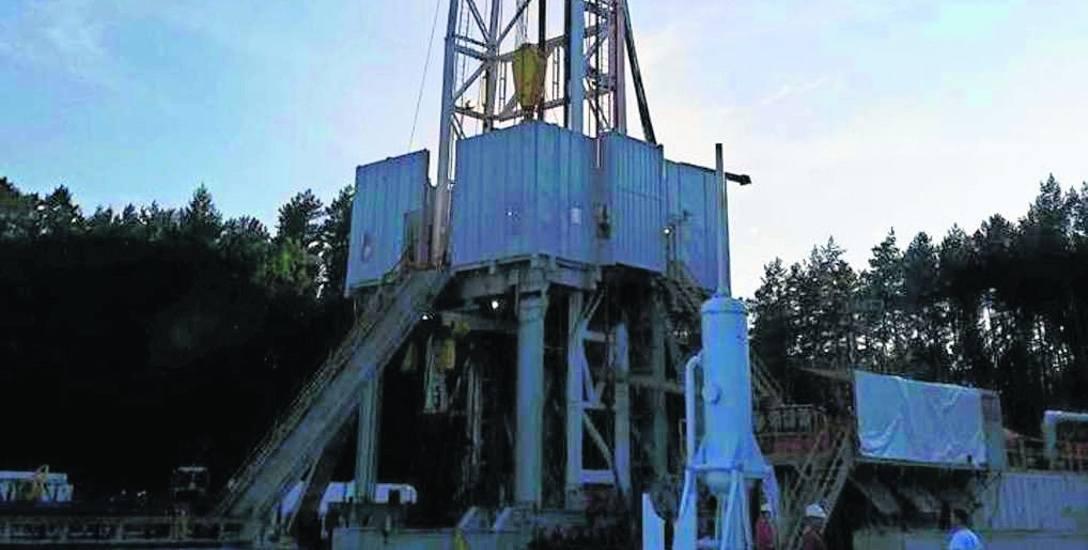 Prace wiertnicze w otworze Stawno 1 prowadzi spółka Exalo Drilling SA należąca do Grupy Kapitałowej PGNiG. Wiercenia sięgną do głębokości ponad 3,2