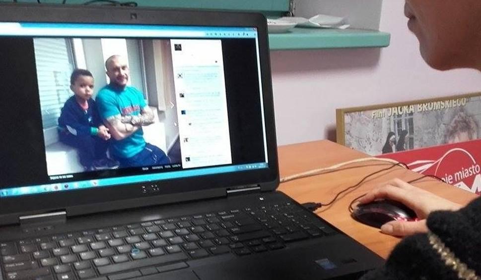 Film do artykułu: Rasizm na Facebooku Soboty. Raper opublikował zdjęcie z synem