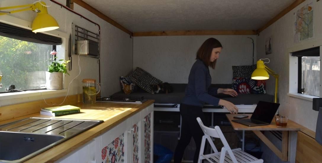 Magdalena Widłak-Langer: - Zamieszkaliśmy w vanie po jakimś czasie mieszkania w tiny house. Zatem byliśmy przygotowani na małą przestrzeń. Projektowaliśmy