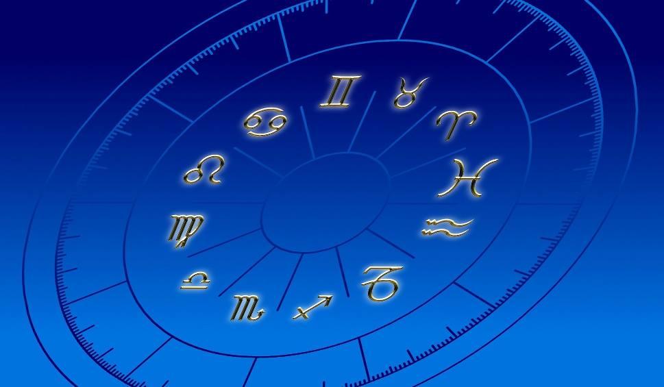 Film do artykułu: Horoskop dzienny 2019: horoskop na piątek, 22.03.2019. Sprawdź w codziennym horoskopie, co Cię dziś czeka