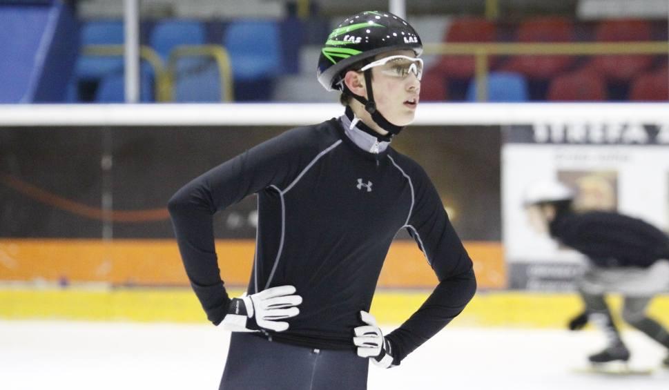 Film do artykułu: Łyżwiarstwo szybkie. Mateusz Krzemiński z AZS-u Politechniki Opolskiej zadebiutował w mistrzostwach Europy