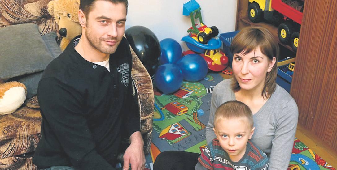 Rosjanka Julia Eshchenko z mężem Saszą - Ukraińcem i 4-letnim dziś Eliaszem 2,5 roku temu uciekła do Polski z objętego wojną obwodu donieckiego