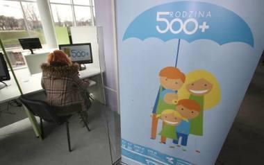 500+ w Szczecinie. Sprawdzają czy matki rzeczywiście są samotne