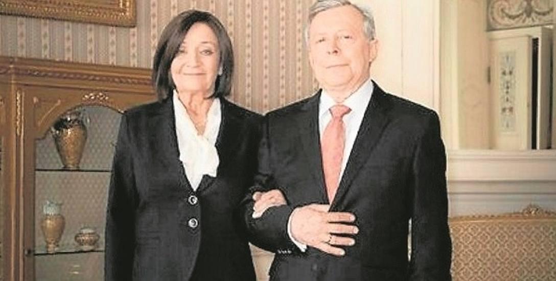 """Ewa Dałkowska i Lech Łotocki w filmie """"Smoleńsk"""" wcielili się role Marii i Lecha Kaczyńskich."""