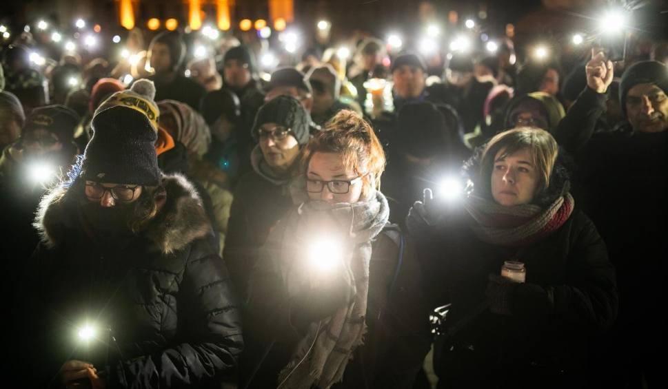 """Film do artykułu: Dąbrowa Biskupia mówi: """"Nie dla mowy nienawiści"""""""