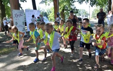 BajkaRun 2019 w Opolu. Na imprezie oprócz biegów dla dzieci przedszkolnych w różnym wieku na przedszkolaków w Parku Nadodrzańskim czekał szereg atra