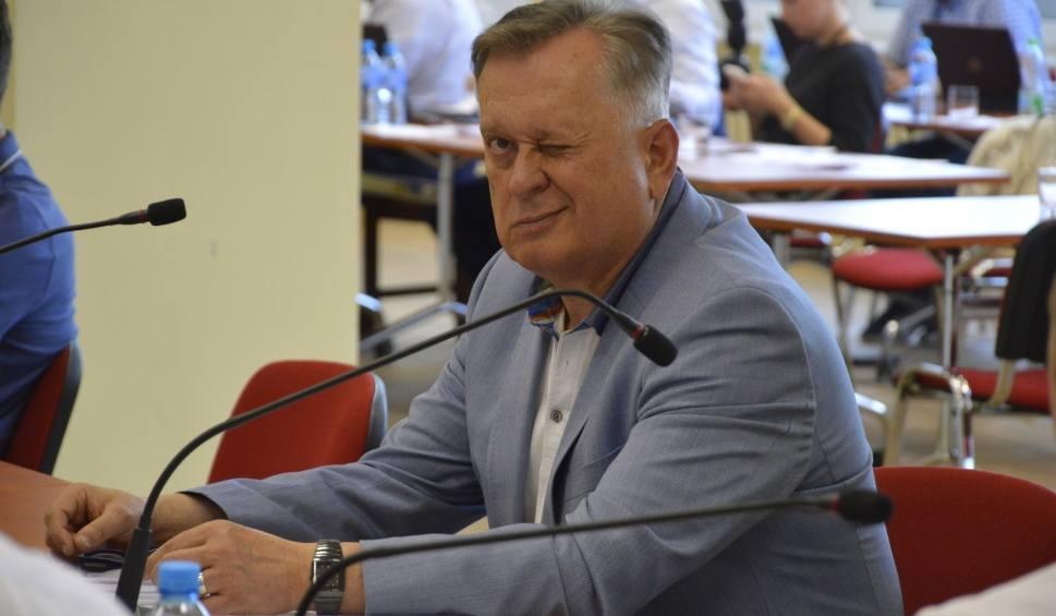 Film do artykułu: Jerzy Synowiec i jego kancelaria chcą bronić Jurka Owsiaka