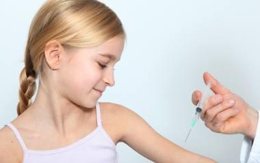 Na Pomorzu wciąż wielu rodziców nie chce szczepić dzieci. Winne są m.in. mity na temat szczepień