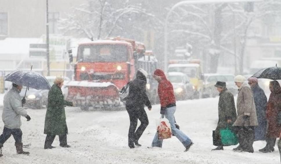 Film do artykułu: Pogoda: Przed nami bardzo zimny koniec zimy [WIDEO, KAMERKI]