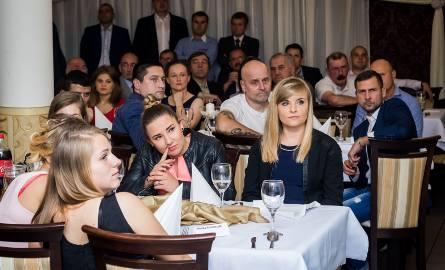 Kobiecy Klub Piłkarski Bydgoszcz świętował w sobotę 10-lecie istnienia. Uroczyste obchody zainaugurował mecz towarzyski, w którym obecne zawodniczki