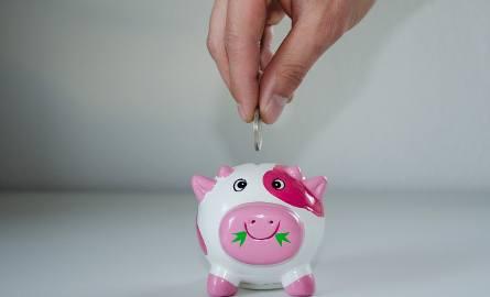 Pracownicze Plany Kapitałowe PPK. Pensja pracownika - o ile zmniejszy się przez PPK?  Ile dołoży pracodawca do PPK? Przykłady i kwoty