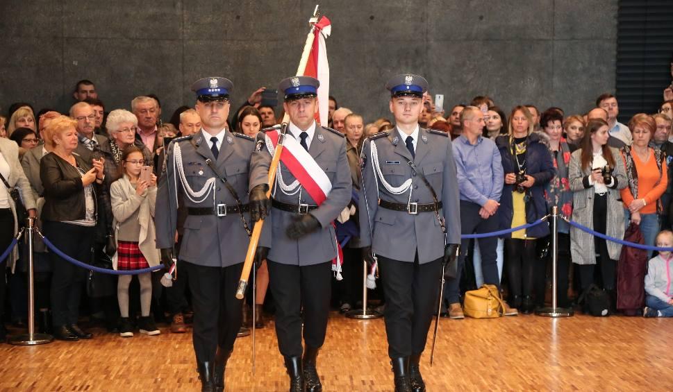 Film do artykułu: Kraków. Małopolska policja wzbogaciła się o 93 funkcjonariuszy