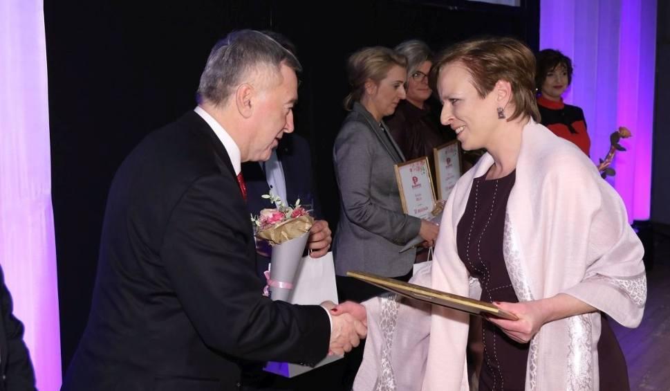 Film do artykułu: Ewa Krakowiak Kobietą Przedsiębiorczą 2016 w powiecie skarżyskim. Oto laureatki