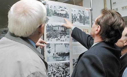 """""""Solidarność Koszalińska od powstania do zwycięstwa"""" – tak brzmi tytuł wystawy, która została otworzona wczoraj w koszalińskim ratuszu (III piętro)."""