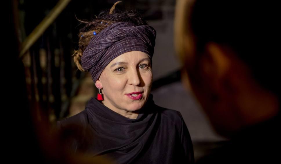Film do artykułu: Literacki Nobel 2019 dla polskiej pisarki Olgi Tokarczuk. Literacką Nagrodę Nobla Polka otrzymała za 2018 r. Drugi laureat to Peter Handke