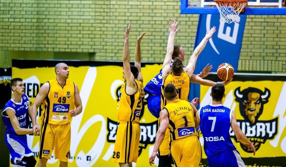 Film do artykułu: Koszykówka. Żubry na trzecim miejscu. Tur kończy sezon