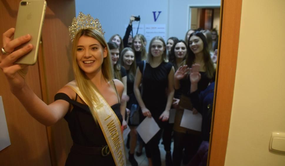 Film do artykułu: Miss i Mister Podlasia 2019. Casting na Miss Podlasia 2019. Zobacz kandydatki (zdjęcia, wideo)
