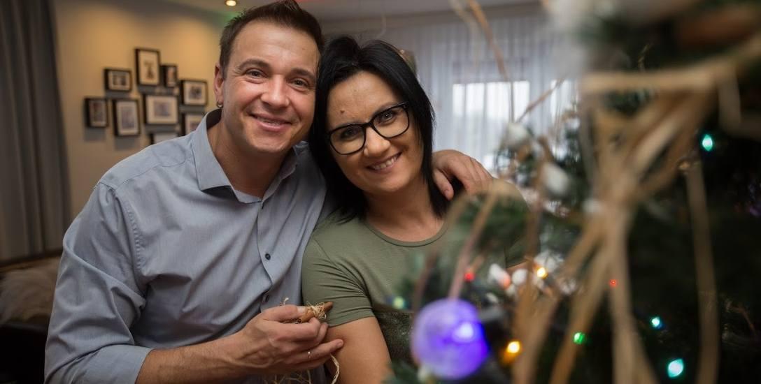 Wigilia w domu Liszewskich to jedyny dzień w roku, który spędzają z całą rodziną. W ubiegłym roku Radek wraz z Tomaszem Butrynem stworzył kolędę pt.