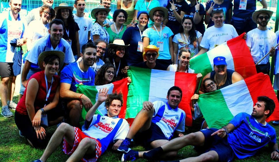 Film do artykułu: Światowe Dni Młodzieży: Pielgrzymi z Włoch goszczą w Rudzie Śląskiej
