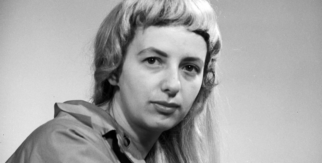 Wiesława Czapińska-Kalenik – dziennikarka, historyczka i krytyk filmowy, autorka książek, esejów, scenariuszy filmowych