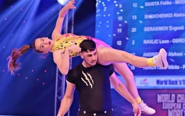Kraków. Efektowne ewolucje w rock'n'rollu akrobatycznym podczas mistrzostw w hali Bronowianki ZDJĘCIA