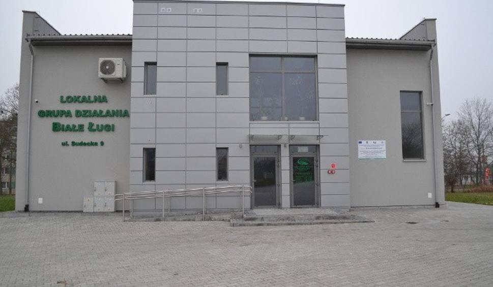 Film do artykułu: W Staszowie rozpoczyna działalność Lokalne Centrum Wspierania Przedsiębiorczości. Zobacz jakie będą jego zadania [ZDJĘCIA]
