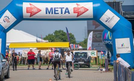 Małopolska Tour, czyli rowerowe święto na błoniach w Starym Sączu [ZDJĘCIA]