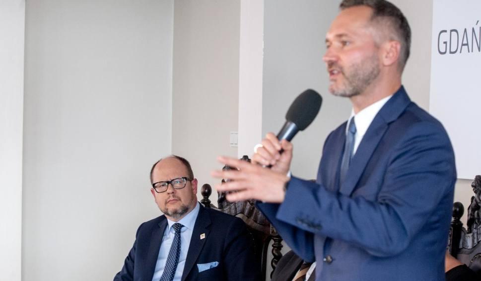 Film do artykułu: Paweł Adamowicz zaproponował Jarosławowi Wałęsie stanowisko wiceprezydenta, a Wałęsa Adamowiczowi miejsce... w Koalicji Obywatelskiej