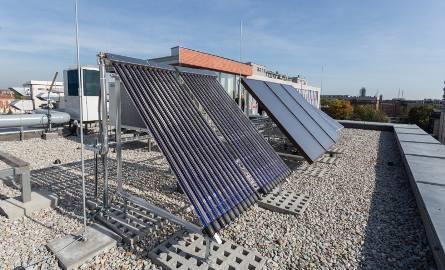 Jeśli w Krakowie zaczęłyby działać klastry energii, to widok paneli słonecznych na dachach stał by się bardziej powszechny