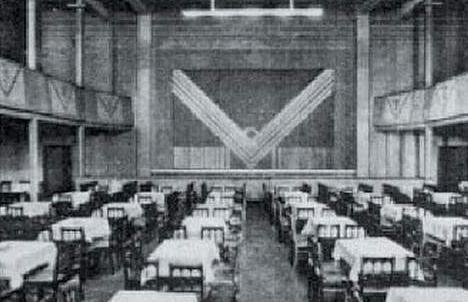 Do pobicia żydowskich aktorów doszło w Domu Koncertowym (Konzerthaus)