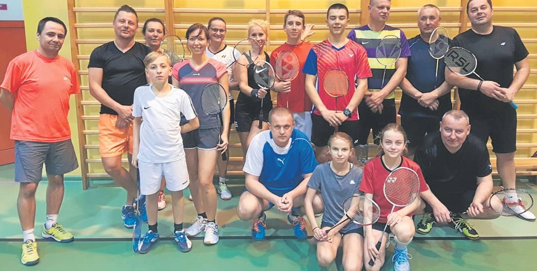 Miłośnicy gry w badmintona doczekali się wreszcie startu nowego sezonu Grand Prix Sławna - Biała Lotka. Najlepszych poznamy dopiero w marcu przyszłego